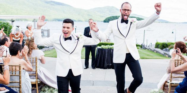 34 LGBT+ Wedding Photos That Are The Definition Of Pure