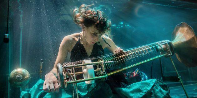 Aquasonic: The World's First Underwater