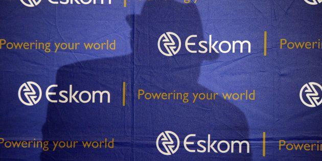 'Broke' Eskom Gives Senior Executives Unlimited Free