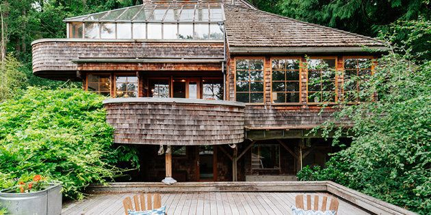 IN PICTURES: 2017's House Of The Year -- A Five-Story