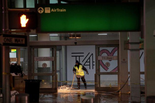 Flooding At JFK Airport Causes Flight Delay