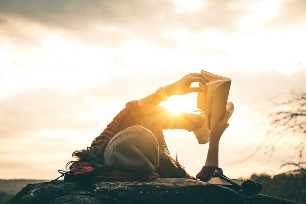 Η HuffPost προτείνει: 10 βιβλία που αξίζει να διαβάσετε τον