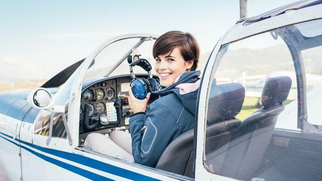 女性パイロットは2015年時点でいまだ10人で、0.17%となっている