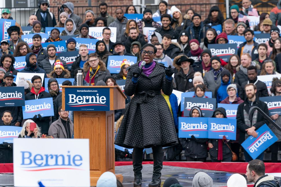 Former Ohio state Sen. Nina Turner (D) introduces Sanders at his first presidential campaign rally in Brooklyn on Saturday. T