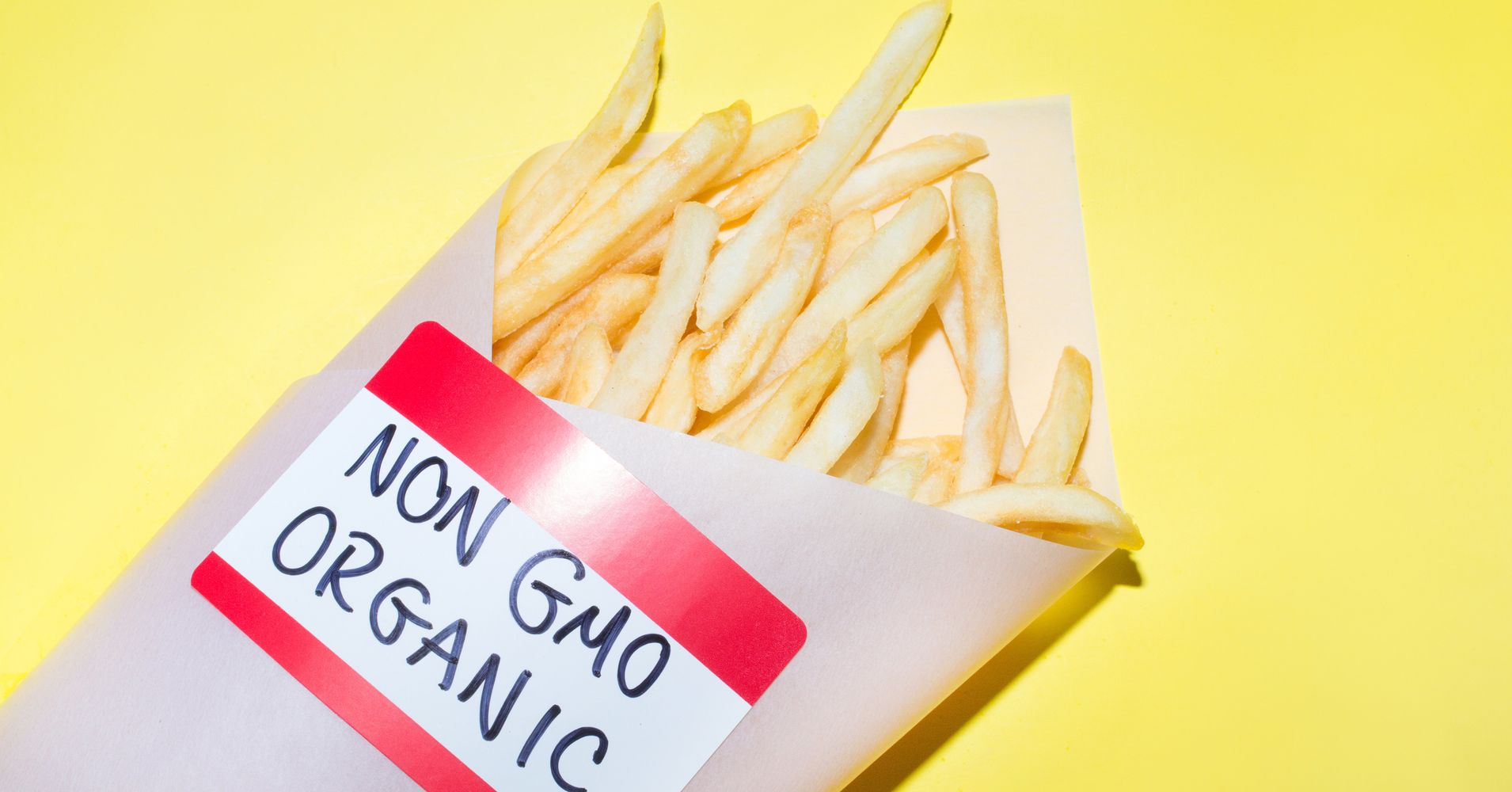 Organic Snacks Aren't Necessarily Healthier Than Junk Food