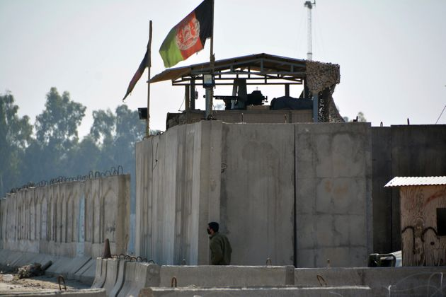 Βομβιστική επίθεση αυτοκτονίας στο Τζαλαλαμπάντ του