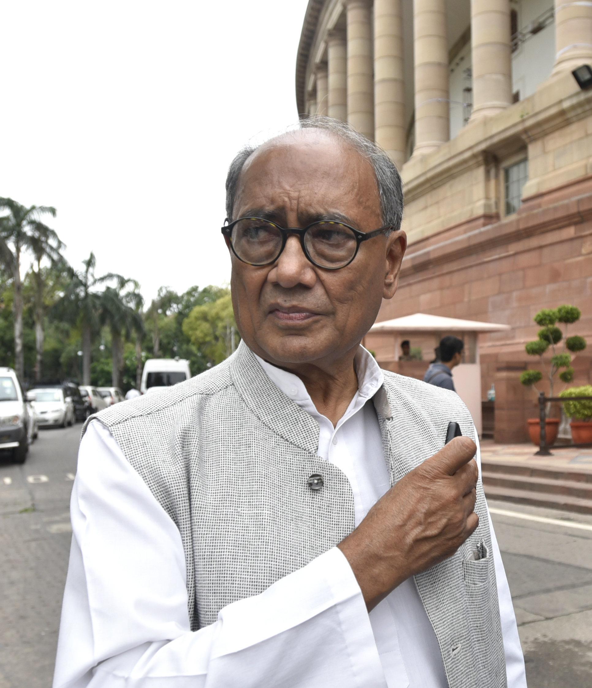 'File A Case Against Me': Digvijaya Singh Dares PM Modi After Pulwama