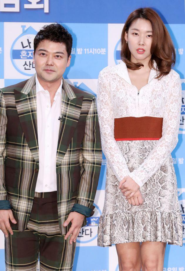 전현무와 한혜진이 1년 만에 결별했다고 밝혔다 (공식 입장