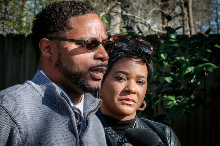 Timothy and Jonjelyn Savage held a press conference on March 6 after CBS ran a segment of the R. Kelly interview.