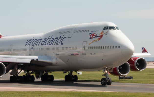 Σε καραντίνα στο αεροδρόμιο του Γκάτγουικ οι επιβάτες πτήσης της Virgin