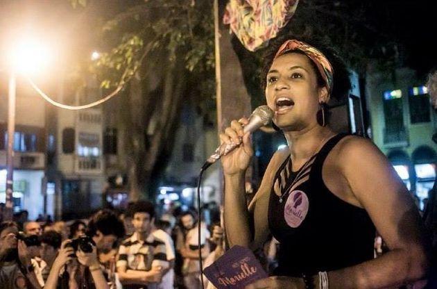 Ρίο: Το καρναβάλι τιμά την δολοφονημένη ακτιβίστρια Μαριέλ