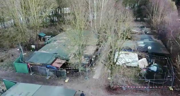 Auf diesem abgesperrten Campingplatz wohnte Andreas V. mit Pflegetocher