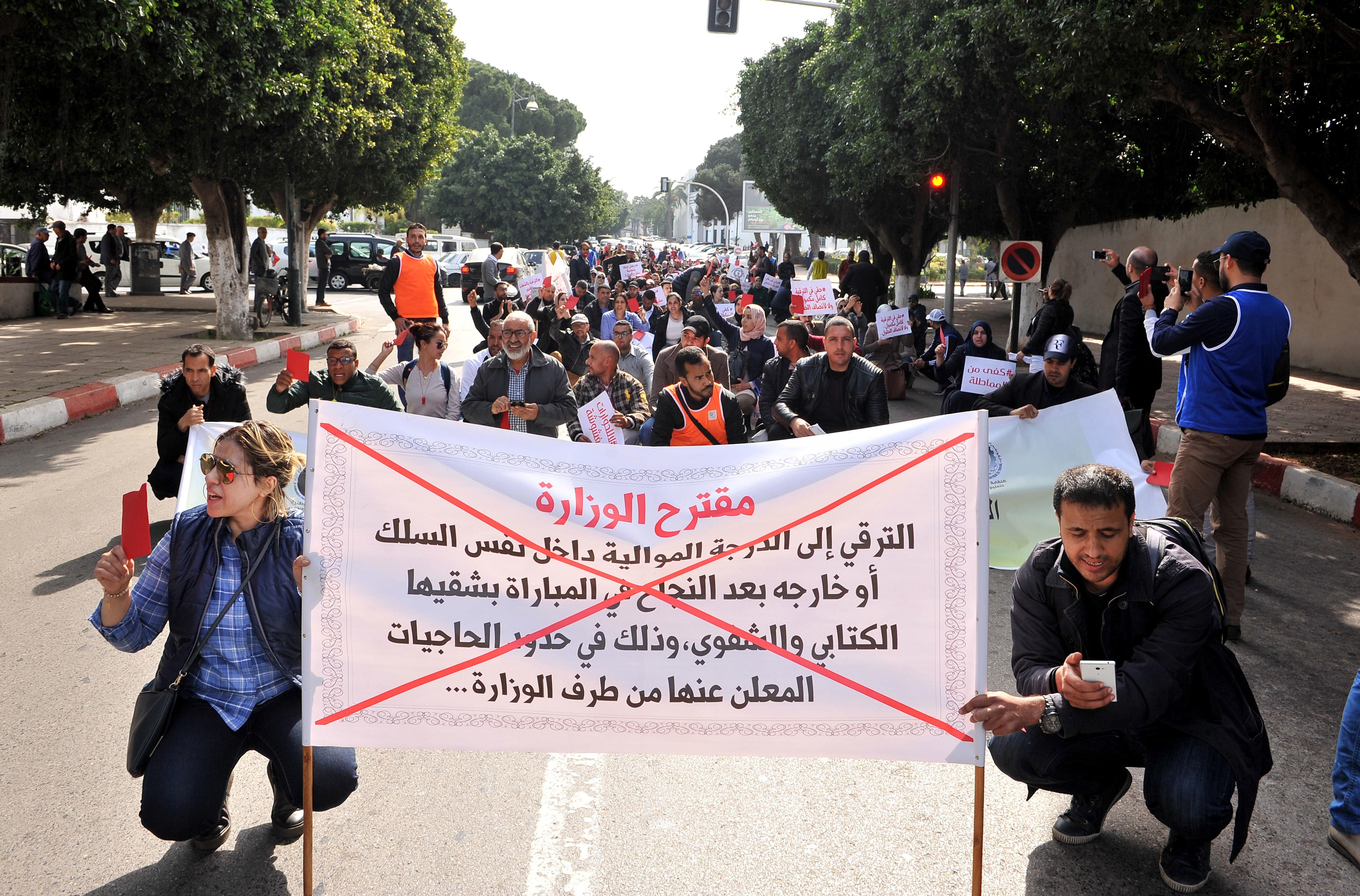 Face à la colère des enseignants contractuels, Amzazi leur rappelle avoir signé un