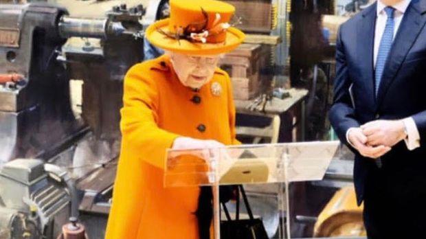 b58595642d3 Instagram The Royal Family