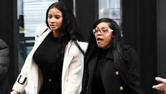 "In this Feb. 23, 2019, photo, Joycelyn Savage, left, and Azriel Clary walk into the Leighton Criminal Courthouse in Chicago for R&B star R. Kelly's first court appearance on sexual abuse charges. ""CBS This Morning"" interviews with the two women who live with Kelly — Savage and Clary — will air Thursday, March 7. (AP Photo/Matt Marton)"