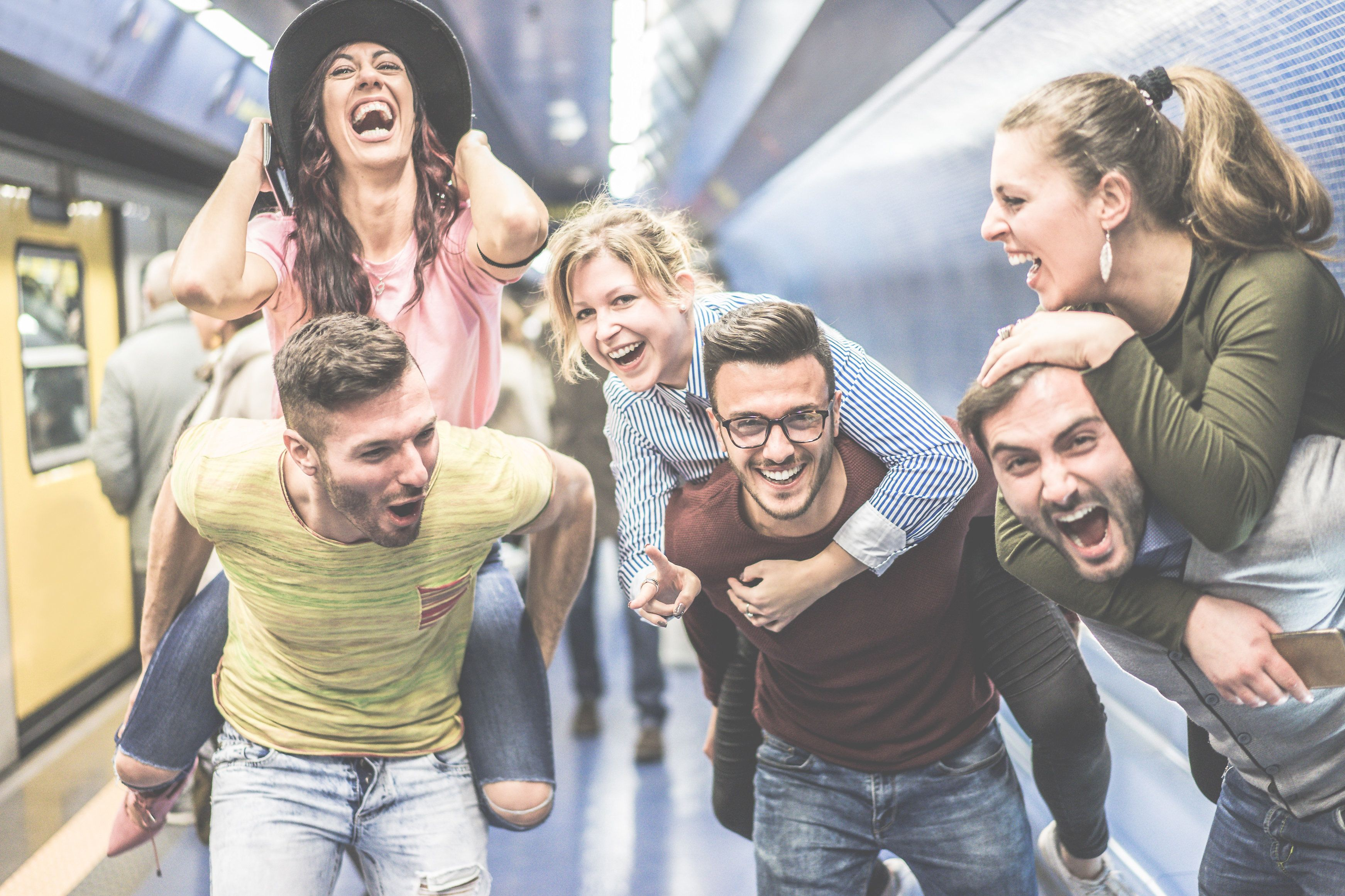 Laut Umfragen glaubt eine Mehrheit daran, dass Freundschaften zwischen Frauen und Männern immer...