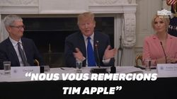 Ce moment où Trump appelle Tim Cook