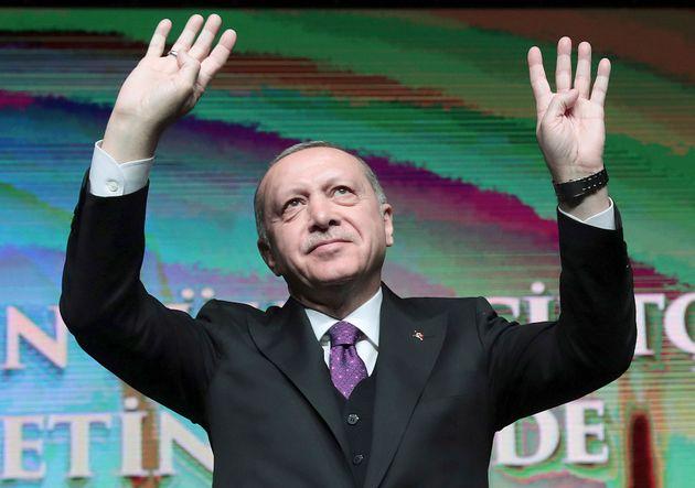 Ερντογάν: Μετά τη «Γαλάζια Πατρίδα» οι Έλληνες ξύπνησαν και κάνουν και αυτοί ασκήσεις στα