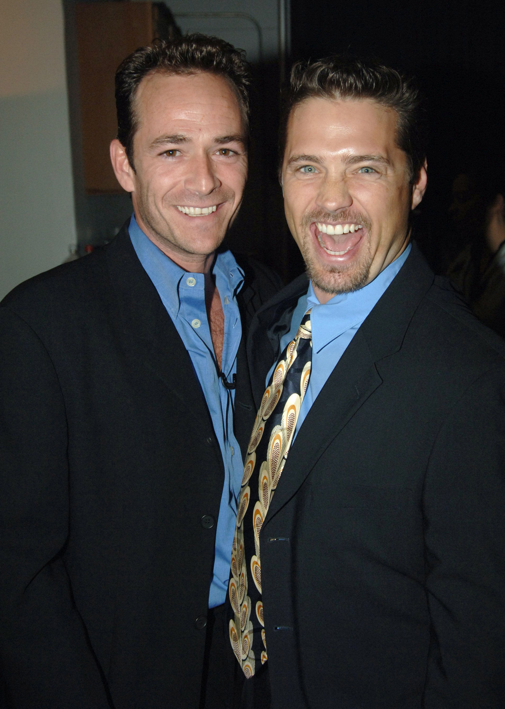 Luke Perry and Jason Priestley during 2005 TV Land Awards - Backstage at Barker Hangar in Santa Monica, California, United States. (Photo by Jeff Kravitz/FilmMagic, Inc)