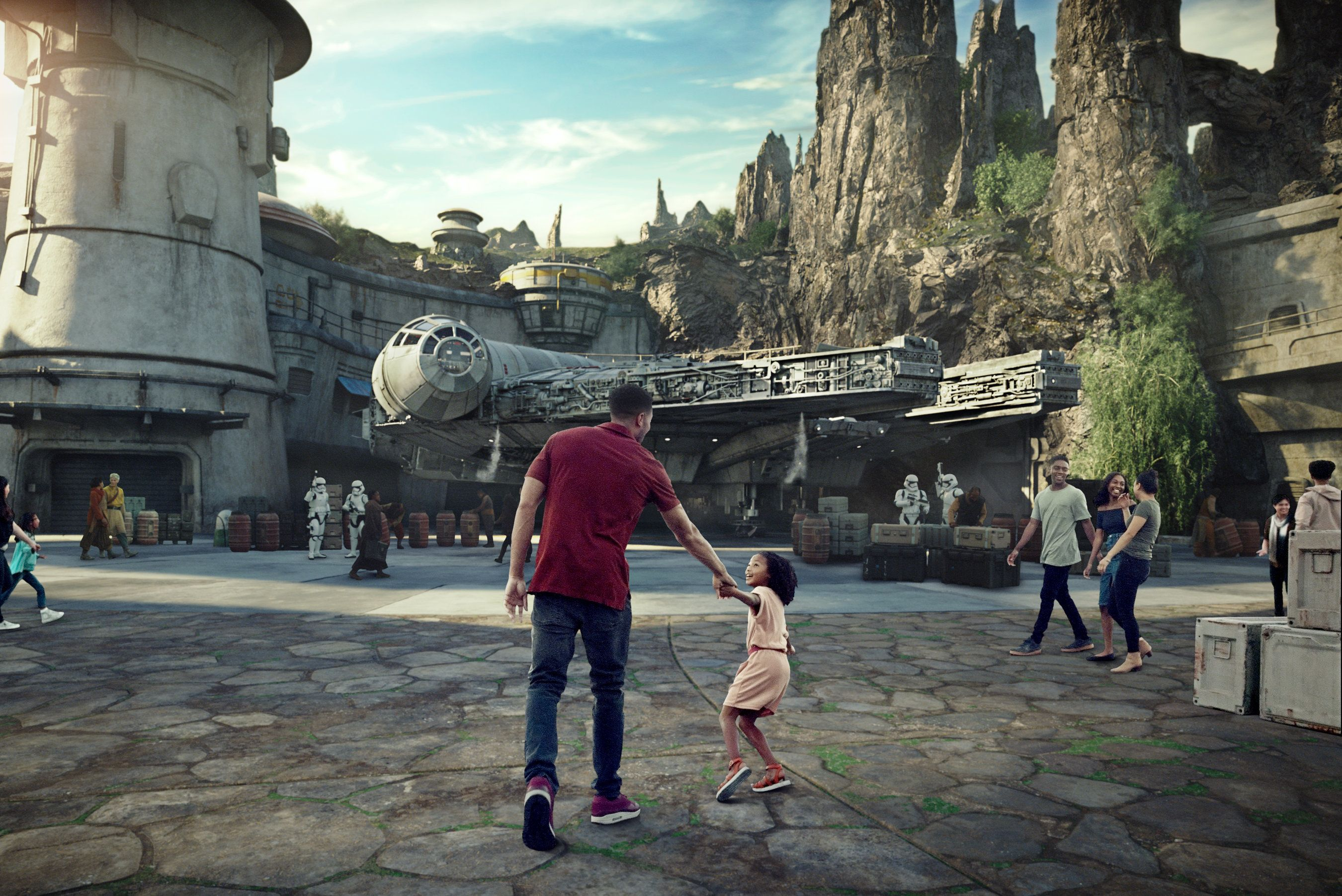 Disney's 'Star Wars: Galaxy's Edge' Theme Park Lands Will Open This Year