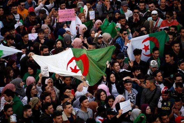 Vendredi III : l'Algérie en marche pour tourner la page Bouteflika et du