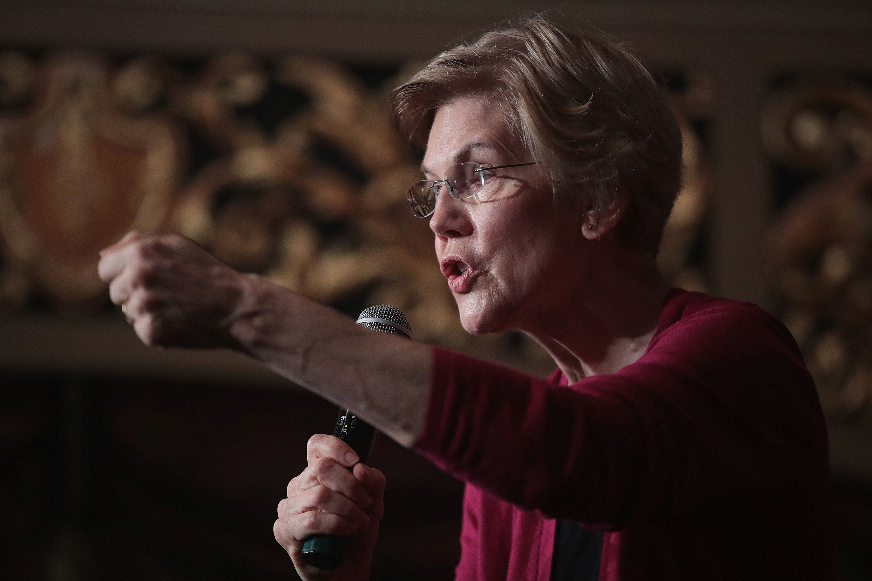 Senator Elizabeth Warren Announces Plan To Break Up Amazon, Google And