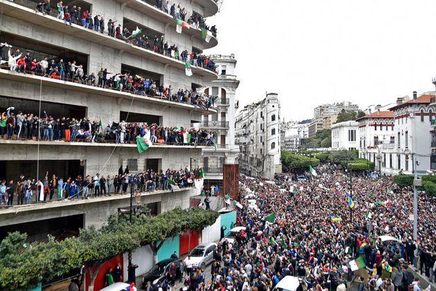 Ici c'est Alger, le peuple a rétabli sa