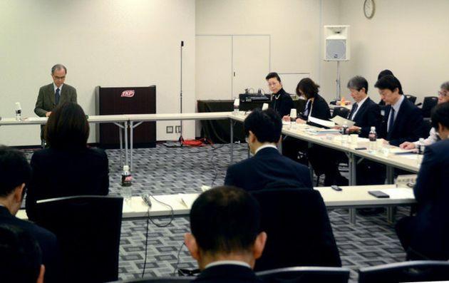 厚生労働省の「授乳・離乳の支援ガイド」改定に関する研究会=東京都港区