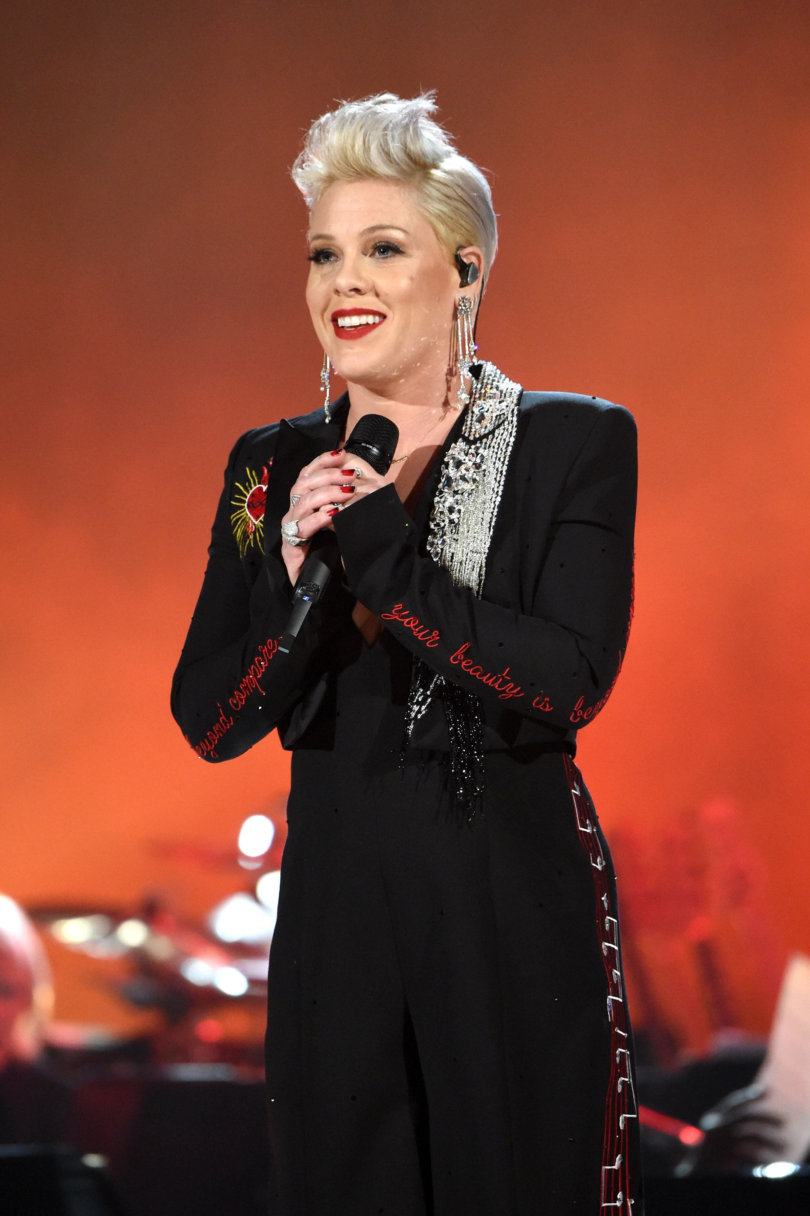 LOS ANGELES, CA - FEBRUARY 08:  P!nk performs onstage during MusiCares Person of the Year honoring Dolly Parton at Los Angeles Convention Center on February 8, 2019 in Los Angeles, California.  (Photo by Kevin Mazur/Getty Images for The Recording Academy)