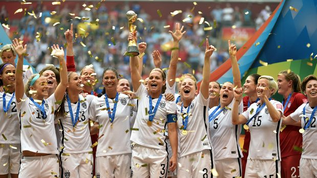 VANCOUVER, BC - JULY 05:  Christie Rampone #3 of the United States of America holds the World Cup Trophy after their 5-2 win over Japan in the FIFA Women's World Cup Canada 2015 Final at BC Place Stadium on July 5, 2015 in Vancouver, Canada.  (Photo by Rich Lam/Getty Images)