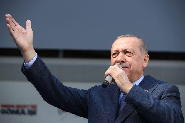 Ερντογάν: Θα αγοράσουμε τους S-400 και αυτό δεν αφορά το