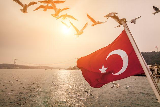 Νέα ταξιδιωτική οδηγία για την Τουρκία εξέδωσε το
