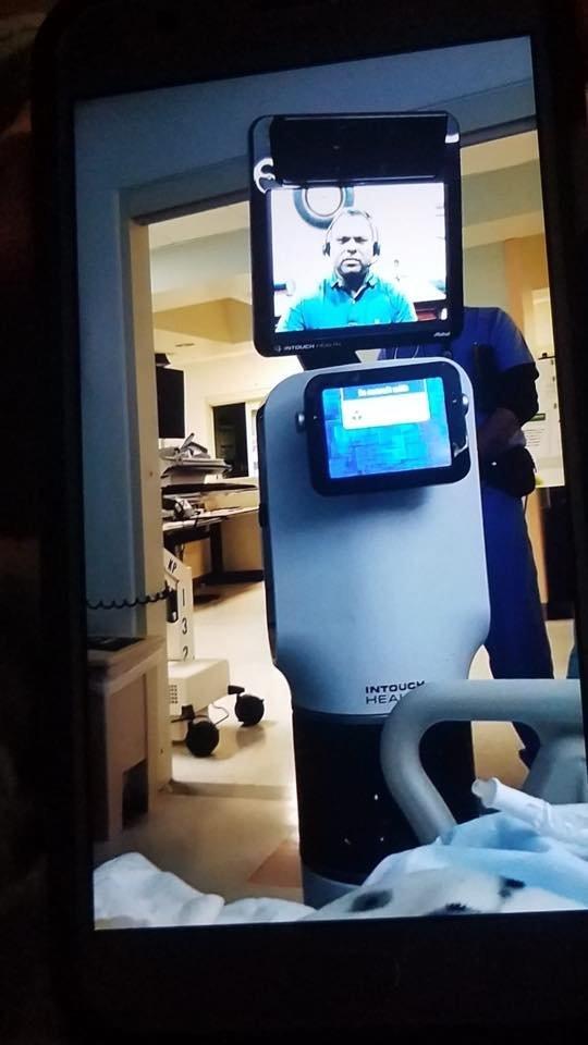 ΗΠΑ: Ακαρδος γιατρός ανακοινώνει σε ασθενή ότι πεθαίνει μέσω