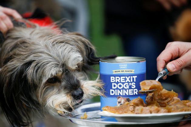 «Χάος» στη Βρετανία πριν τη νέα ψηφοφορία για το