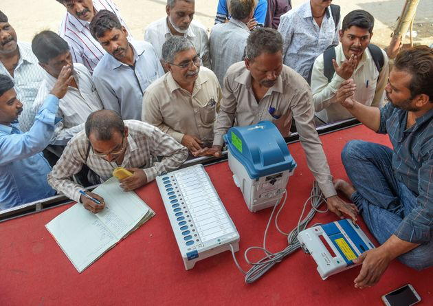 Elections 2019: EVMs To Carry Candidate Photos To Help Voters Avoid Confusion Over