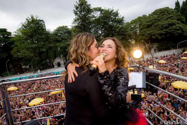 Com 'É Proibido Carnaval', Daniela Mercury nos salva do fim do