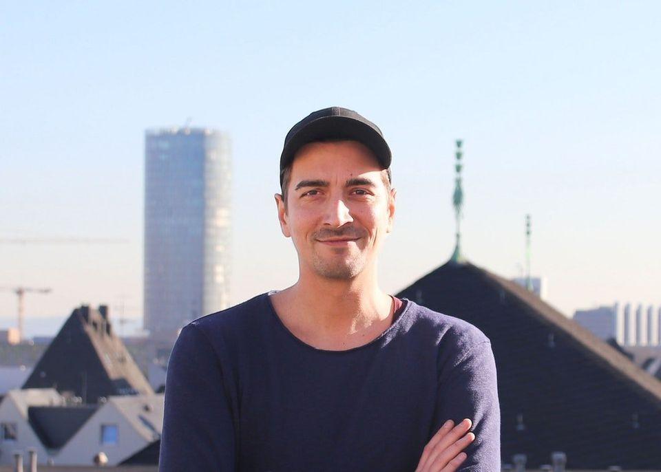 Der 34-jährige studierte Philosoph ist Referent für Verkehrs- und Stadtentwicklung bei der...