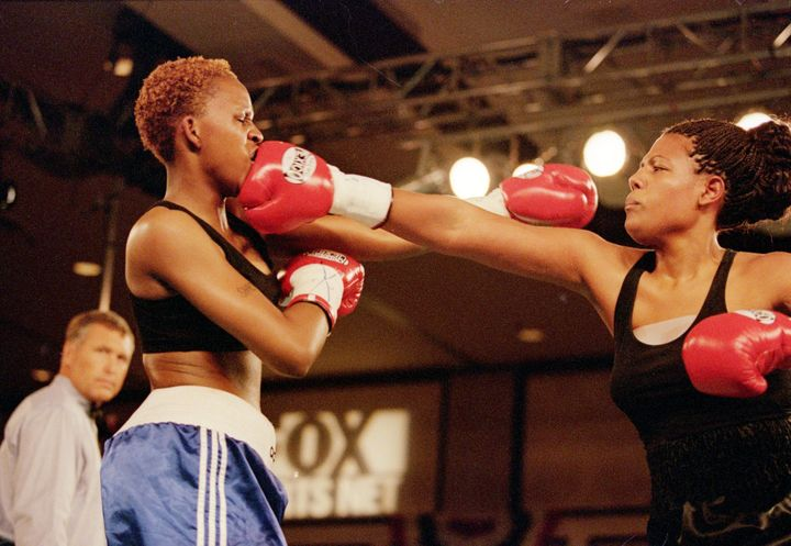 Freeda Foreman connected with a right hand to the mouth of LaQuanda Landers in her professional fight debut.