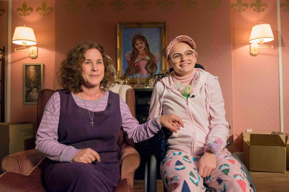 Patricia Arquette as Dee Dee Blanchard; Joey King as Gypsy Rose Blanchard.