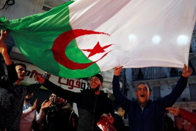 L'Algérie est au bord de