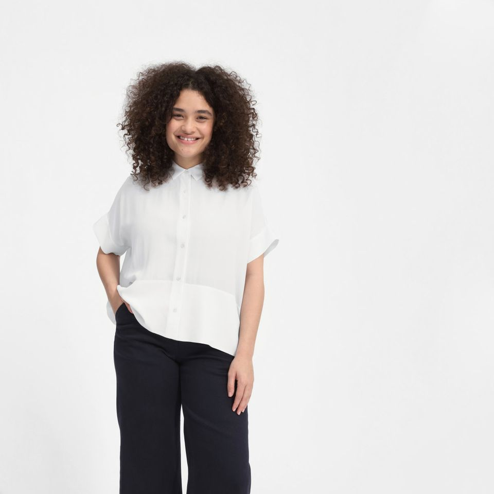 2c1944727f8 20 Boxy Button-Up Shirts That Make Spring Style A Breeze