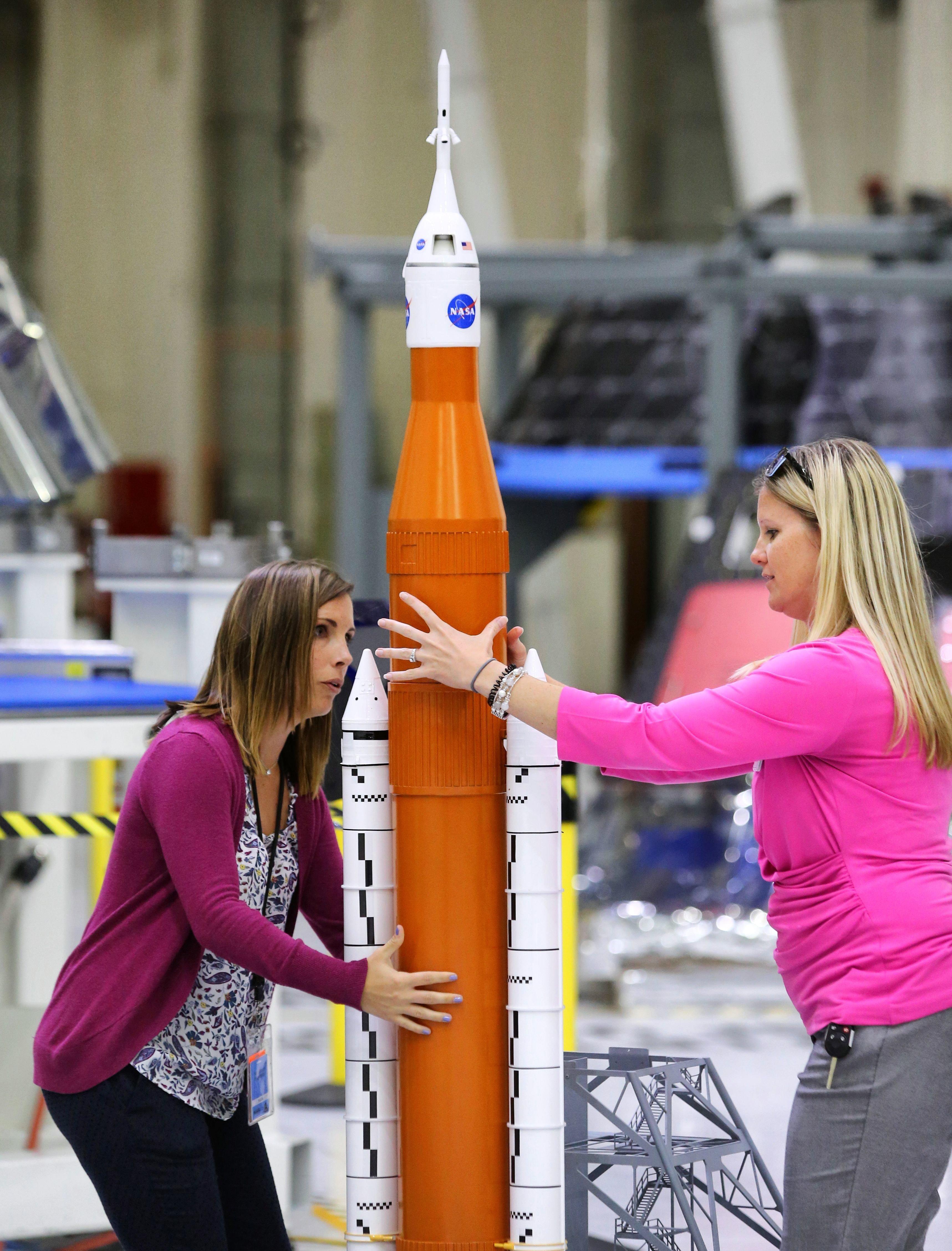 火星に最初に行く人類は、女性になる可能性。NASA長官が明かす