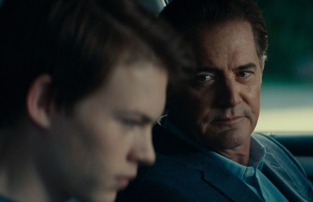 After Franky is mercilessly bullied at school, his estranged father, Ray (Kyle MacLachlan), attempts...