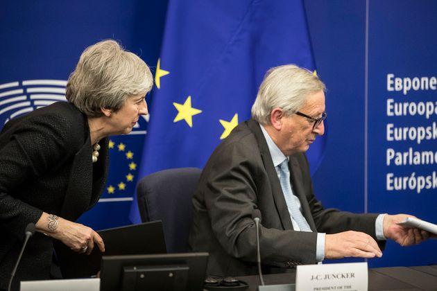 Συμφωνία της τελευταίας στιγμής για το Brexit από