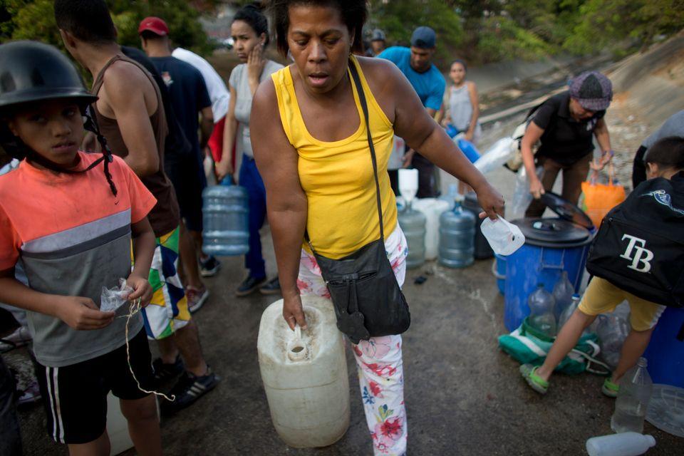 베네수엘라가 6일째 '대정전'으로 혼란을 겪고