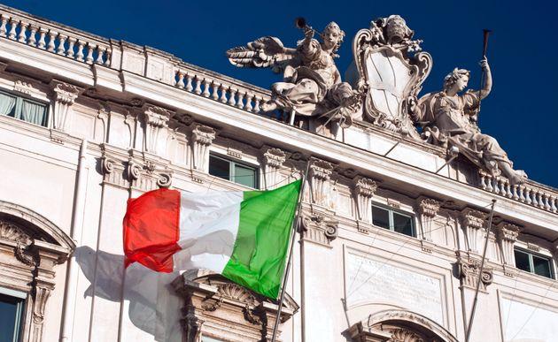 Ιταλία: Αθώωσαν βιαστές γιατί το θύμα ήταν «πολύ