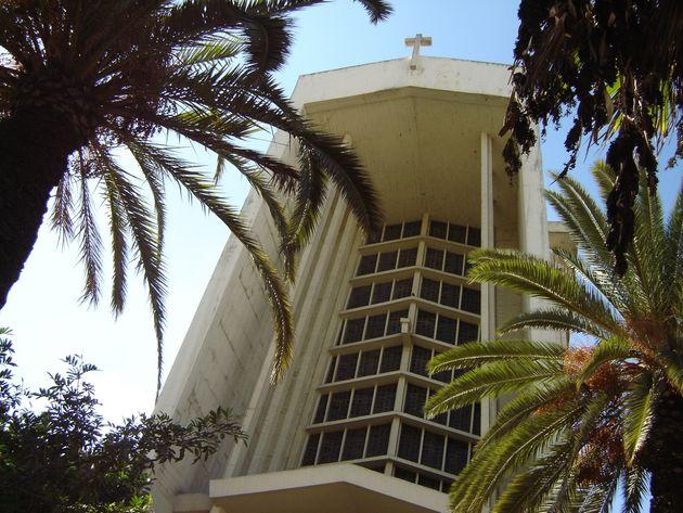 L'église Notre-Dame-de-Lourdes de Casablanca. Construite en 1954, elle est toujours en