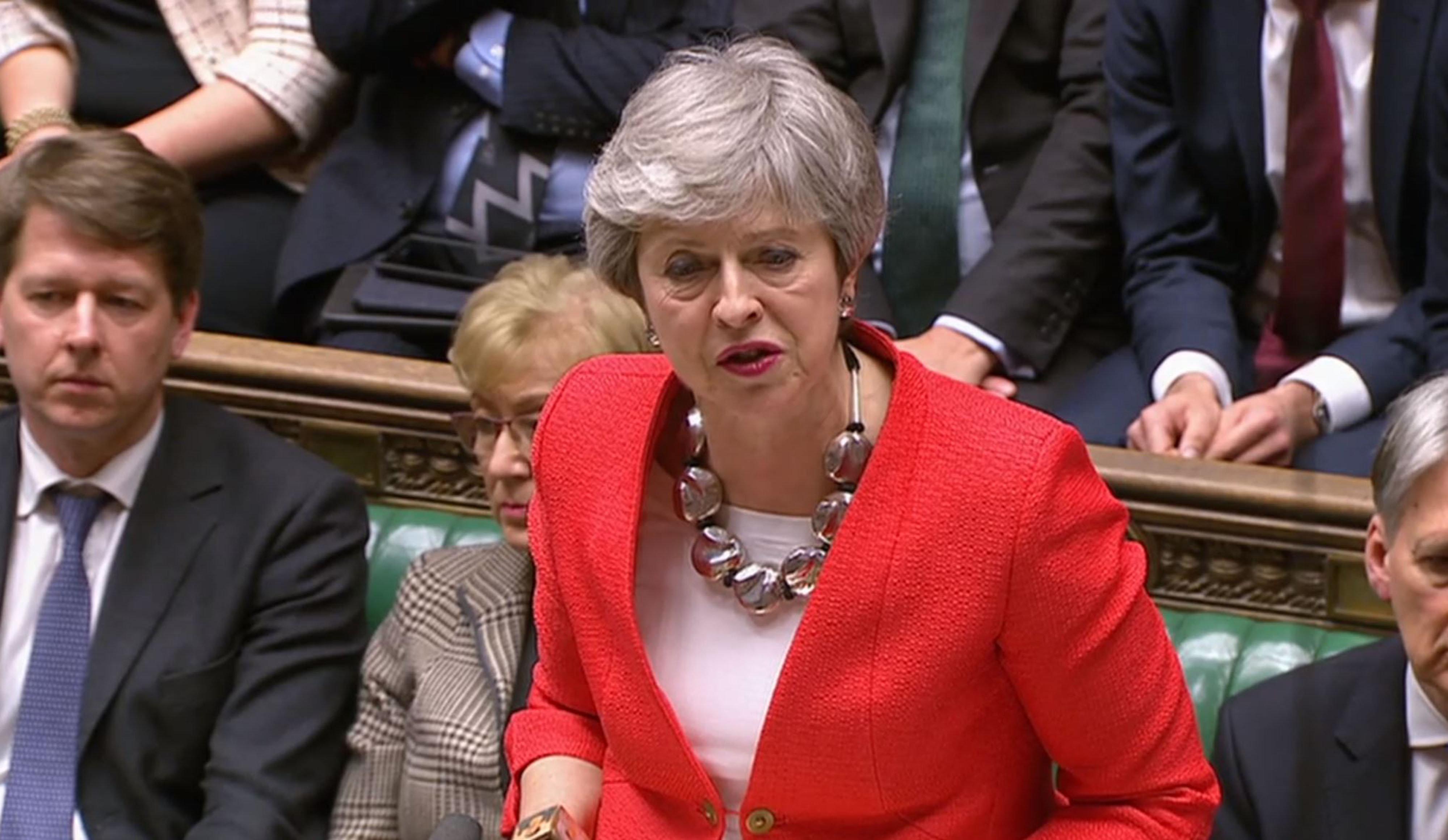 Brexit: les députés britanniques rejettent massivement