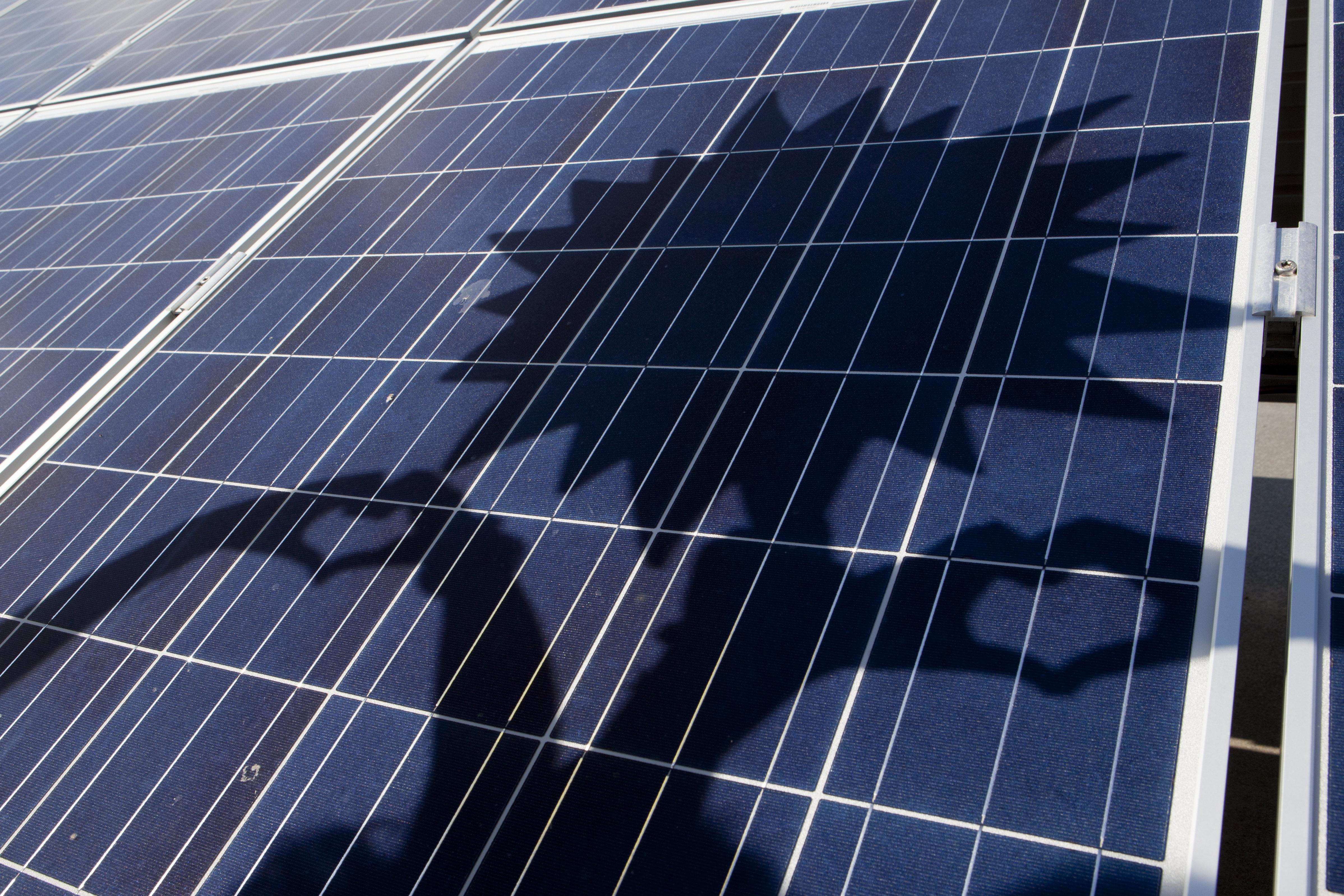 Η ηλιακή κοινωνική πολιτική με απλά