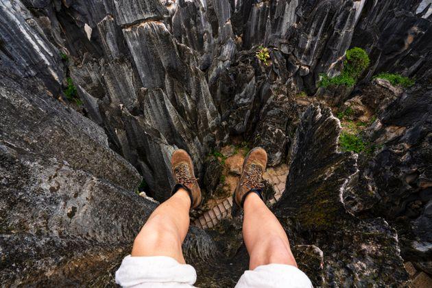 Το άλλο «Μονοπάτι του Γίγαντα»: Το πέτρινο δάσος της Κίνας που σμιλεύτηκε από τη